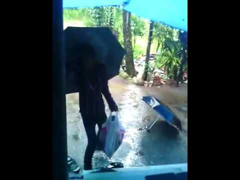 How to take home kids in rain