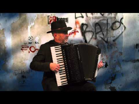 Accordion music Tango Argentino A MEDIA LUZ Carlos Gardel - Jo Brunenberg - Acordeon - fisarmonica