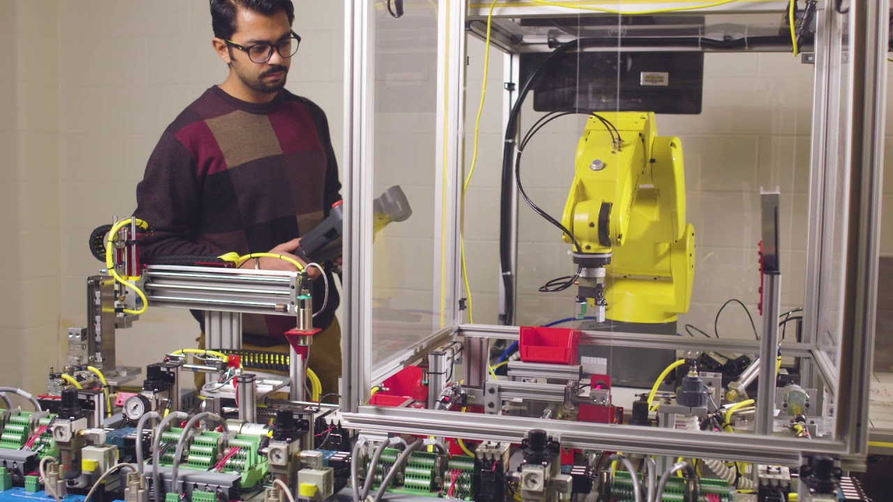 Preview image for STEM Students Specialize in Mechatronics video