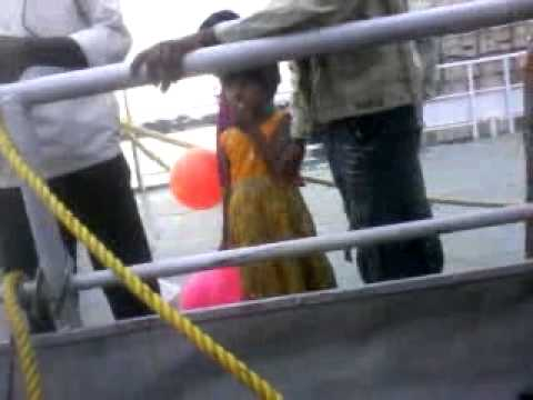 Tank Bund Hungama 12-6-2011.mp4 video