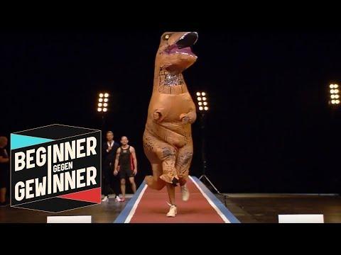 Weitsprung: Alyn Camara im T-Rex Kostüm | Teil 2 | Beginner gegen Gewinner | ProSieben