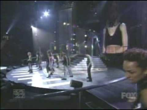 ...Baby One More Time/Crazy (Billboard Music Awards)