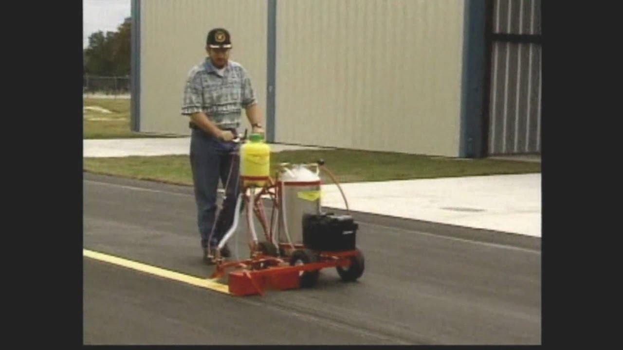 Trueline line painting parking lot striping paint for Parking lot painting equipment
