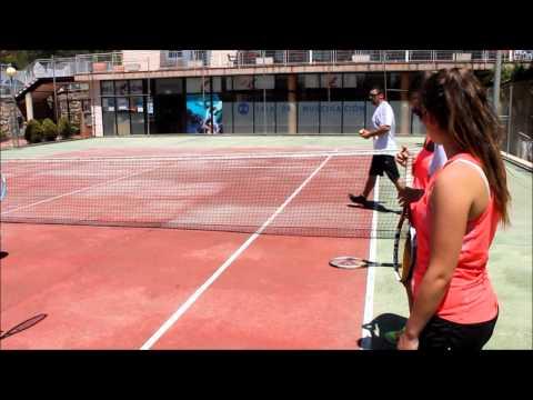 Sesión De Tenis Para Niños Con Nivel 1. 1ºA CAFD UCAM