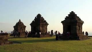 Travel: Candi Ijo Yogyakarta | Menikmati Sunset