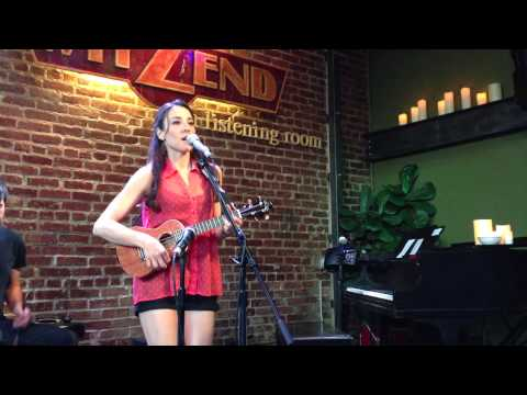 Creep cover by Kim DiVine live at Witzend on Ukulele, Radiohead