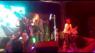 download lagu Chitthiyaan Kalaiyaan Live Simran gratis