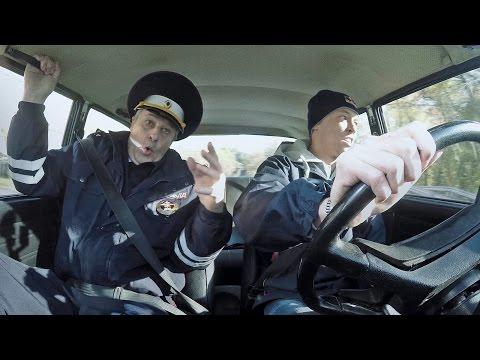 Daniil Kvyat takes his Russian Driving Test