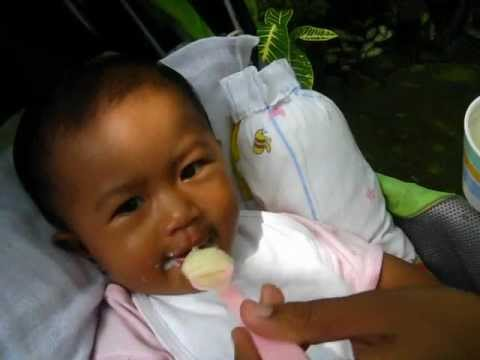 Baby Eating Cerelac video