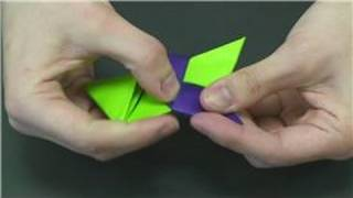 Origami & Paper Crafts : How To Make Paper Stars
