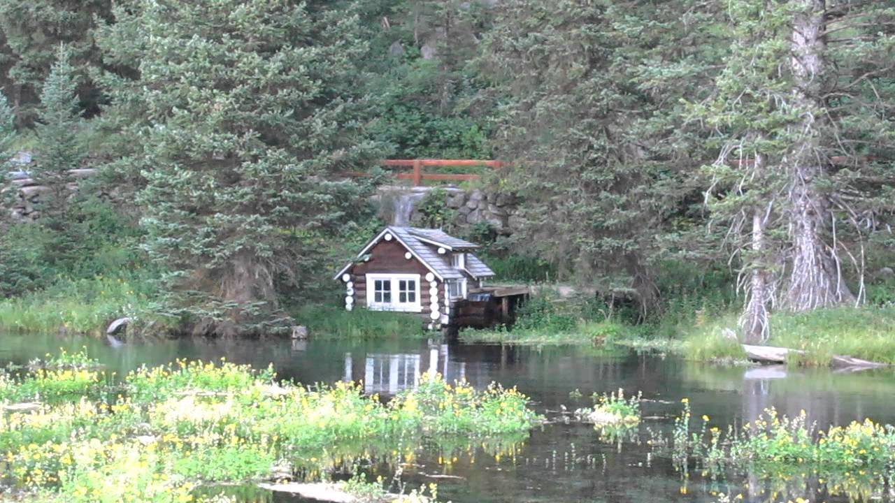 Johnny sack cabin island park idaho big spring water for Big island cabins