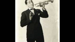 Watch Louis Prima Oh Marie video
