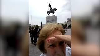 Video Viral: Abuelas tratando de sacar una foto con el celular