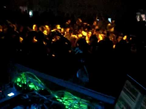 DJ PATT @ BOTANIC DISCO TUDELA 06-03-2010 2.MOV