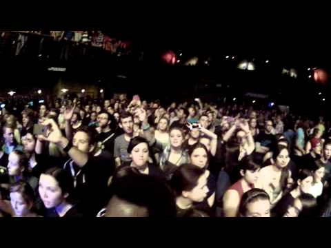 Yellowcard Live NY FULL CONCERT 720p / Paramount / 01-12-13 Watch in HD!
