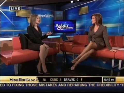 Robin Meade: Sexy Legs