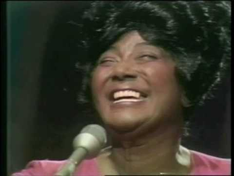 Mahalia Jackson on the Johnny Cash Show