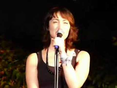Eden Espinosa singing Over the Rainbow at Upright Cabaret