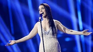 "Ruth Lorenzo canta ""Dancing in the rain"" en Eurovisión"