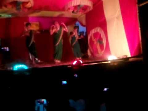 Pratiksha Gaikwad- Kheltana Rang Bai Holicha. video