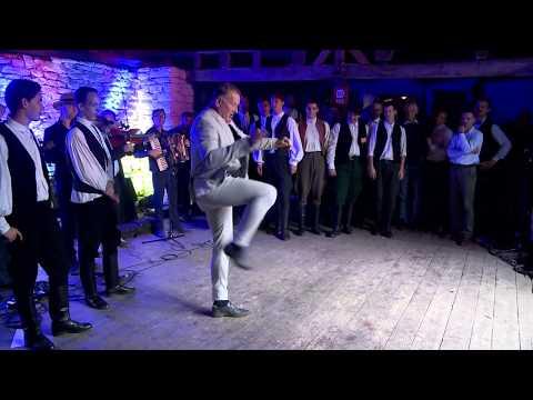 Zsuráfszky Zoltán tánca a mérai legényesverseny gáláján
