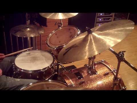 Hi-Speed Gospel Linear Fill ( Nat Townsley Style ) - Drum Lesson #18
