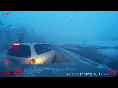 ★ Ежедневная подборка ДТП и аварии №543 ( 19 января 2017 ) HD 18+