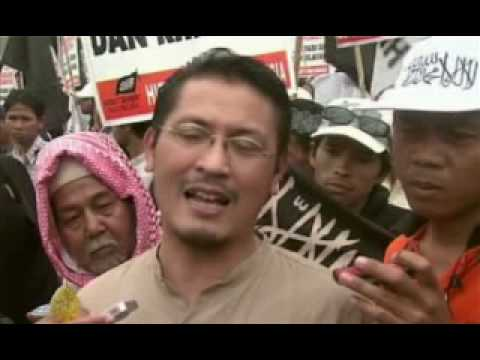 Indonesians Split Over Anti-porn Law - 30 Oct 2008 video