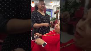 Funny lady in beauty parlour | Gutter comedy