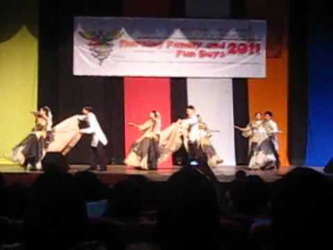 Fun Days 2011 - Philippine Folk Dance - Buling-buling - Class 2014 video