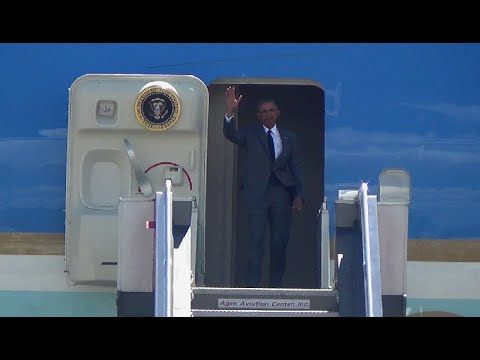US President Barack Obama arrives in PH for Apec