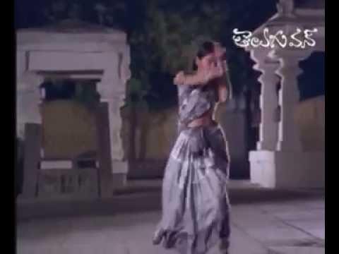 Saptapadi - Full Length Telugu Movie - J V Somayajulu - Alluri Ramalingaiah - 02