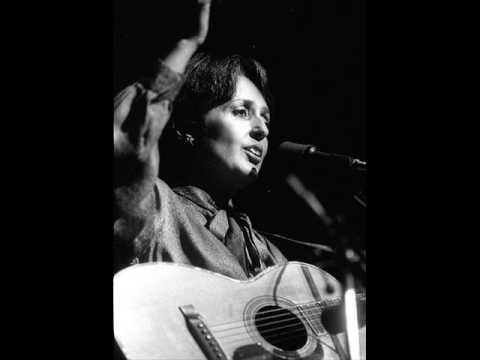 Joan Baez - Carry It On
