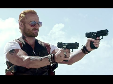 Zombies Attack On Saif Ali Khan - Go Goa Gone