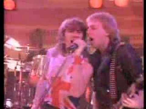 Def Leppard - Photograph