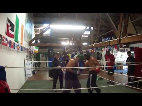 SAMOAN FIGHTER GYM WARS!!! KING Afa Tatupu VS Eric''NO FEAR''Fuimaono-Hunt!
