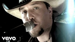 Watch Jason Aldean Hicktown video