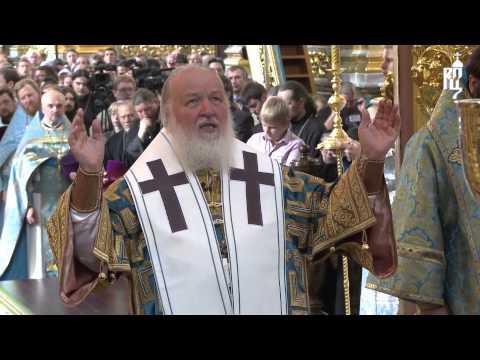Патриарх Кирилл совершил Литургию в Успенском кафедральном соборе Смоленска