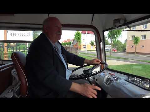 Csak dudálni akarok egyet! - Veterán Ikarus buszt állított meg egy buszsofőr Sárváron