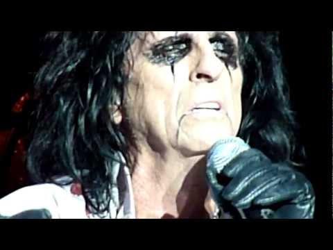 Alice Cooper - Only Women Bleed Live