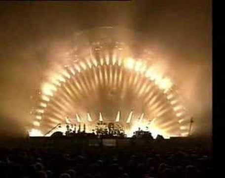 Pink Floyd - Another Brick In The Wall(Live)