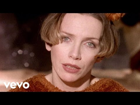Annie Lennox - A Whiter Shade Of Pale