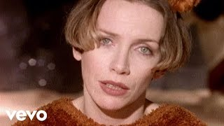 Клип Annie Lennox - A Whiter Shade Of Pale