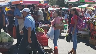 Compras navideñas en el mercado de Santa Tecla La Libertad El Salvador   Youtubero Salvadoreño