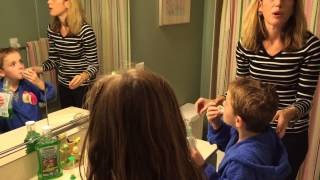 Kids Mouthwash routine LISTERINE® SMARTRINSE #besweetsmart