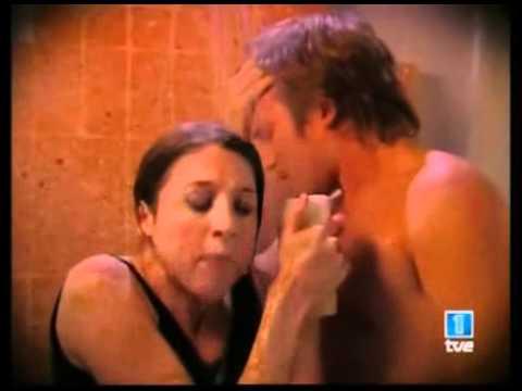 Floricienta Capitulo 43 - Flor  &  Fede en la ducha  ♥