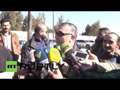 Syria: Local ceasefire sees 700 militants leave besieged Homs