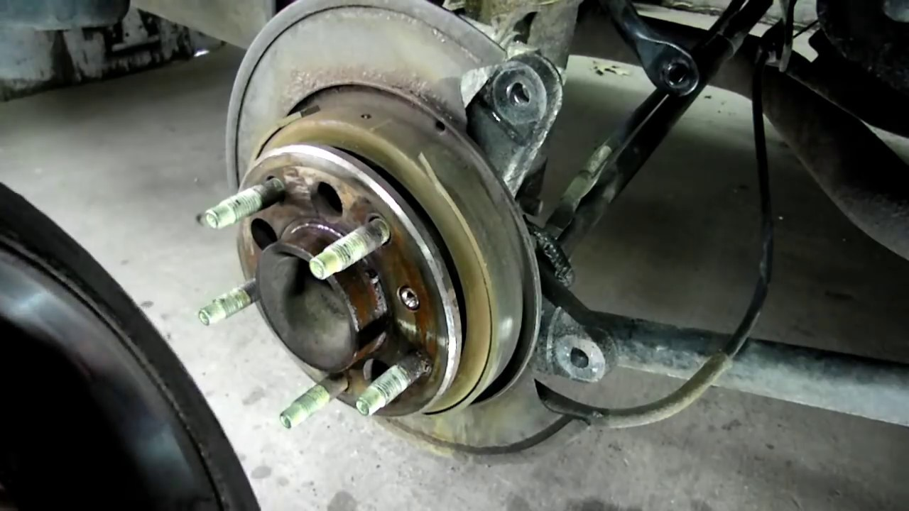 Chevrolet Impala Rear Disc Brake Replacement Youtube