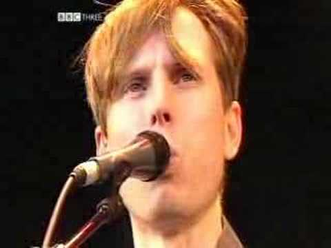 11 Darts of Pleasure - Franz Ferdinand - Glastonbury 2004