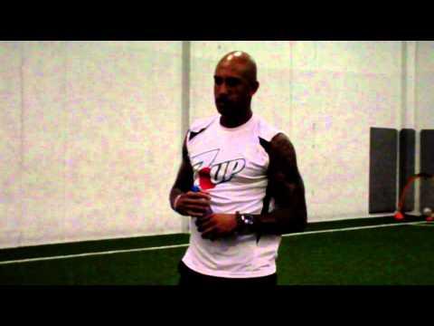 Goalie Tim Howard Q&A - Going Pro vs College, Training Regimen, World Cup, 100 Yard  Goal Scored